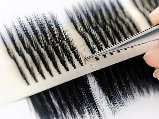 eyelashes manufacturing cluster forming