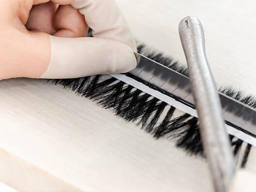 eyelashes manufacturing lash cutting