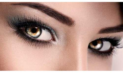 Eye-makeup-with-Russian-Lashes