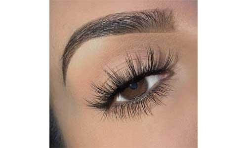 Fuller-Eyelashes