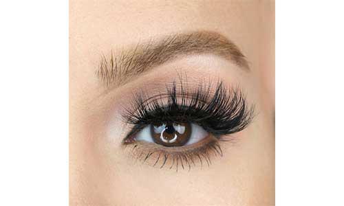 Magnetic-eyelash-on-eyes