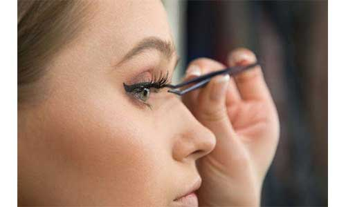 Russian-Lashes-Application