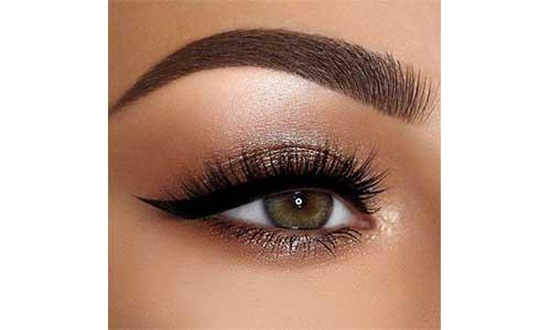 Semi-Permanent-Lashes-on-Eyes